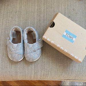 Toms Tiny Herringbone Faux Shearling Lined Slip On